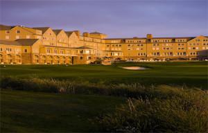Half Moon Bay golf vacations 37.4636° N, 122.4286° W